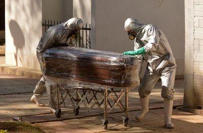 Más de 555.000 muertos por coronavirus