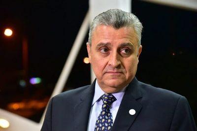 Villamayor quiere que Mazzoleni cambie su equipo de trabajo