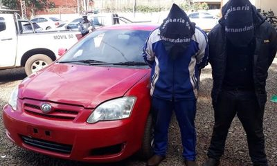 Dos jóvenes aprehendidos  tras atropellar cerco policial – Diario TNPRESS