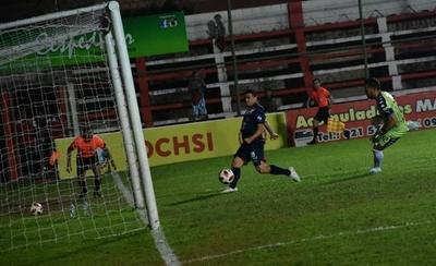 HOY / Ernesto Álvarez aparece en el radar de Guaireña