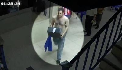 """HOY / PLRA: Hijo de Alegre y """"Nito"""" Bogado aparecen en video manipulando computadoras"""