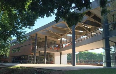 Facultad de Arquitectura suspende sus actividades debido a un contacto sospechoso
