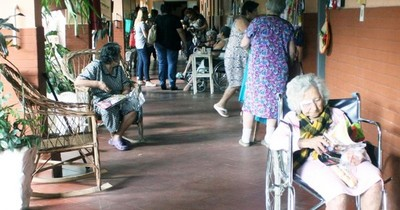 Sigue en cuarentena abuelita de 92 años, el primer caso sin nexo en hogar de ancianos