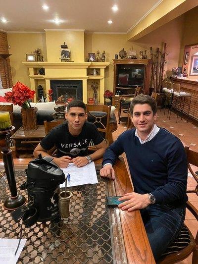 Erik López estampó la firma y es nuevo jugador del Atlanta United