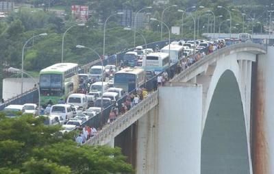 Comerciantes fronterizos anuncian movilización