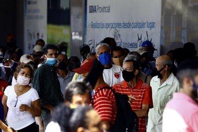 COVID-19: Venezuela prolonga por un mes más el estado de alarma