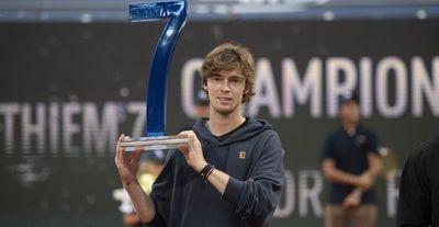 Rublev gana el torneo de Thiem tras vencerle en la final