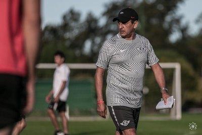 Técnicos con más partidos en la Libertadores: Siete pasaron por el fútbol paraguayo