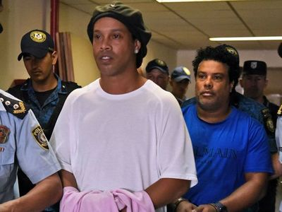 Otro revés: Rechazan pedido de Ronaldinho