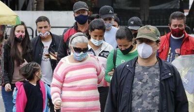 La curva de la pandemia acelera de forma vertiginosa su ascenso en Colombia