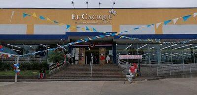 Local comercial cierra temporalmente, tras contagios de Covid-19