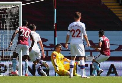 Wolverhampton sigue en carrera hacia Europa, Aston Villa por la salvación