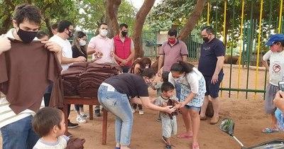 Acercaron donaciones a niños de la Chacarita
