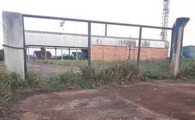 La planta alcoholera de Itakyry está totalmente abandonada y rapiñada