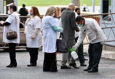 Mario Abdo promulga ley de jubilaciones para profesionales médicos