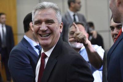 Enrique Bacchetta renunció al liderazgo de la bancada de Colorado Añetete