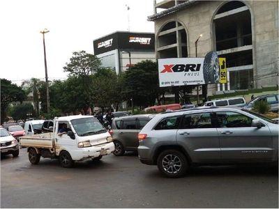 Comerciantes esteños realizan manifestación para exigir plan de reactivación económica