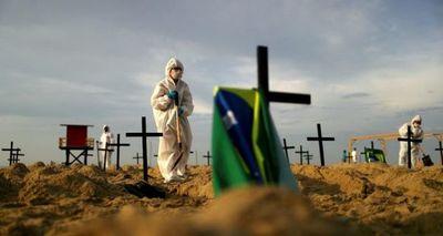 Casos de covid-19 en Brasil suben a 1.884.964