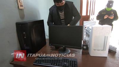 DONAN COMPUTADORA CON IMPRESORA A LA COMISARÍA 45 DE SAN COSME Y DAMIÁN.