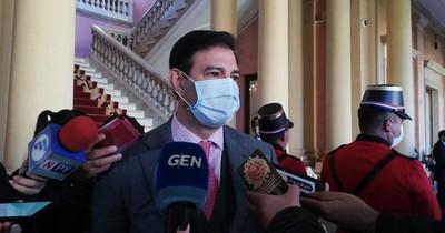 "Ovelar sobre Bacchetta: ""Enrique renuncia al liderazgo, no así a la bancada"""