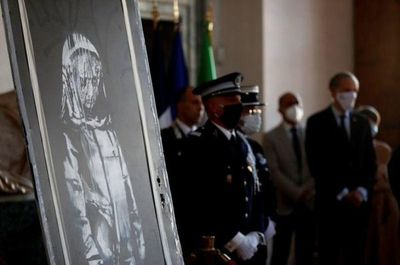 Italia devuelve a Francia mural de Banksy robado en el Bataclan