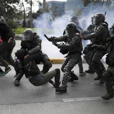 HRW denuncia las brutales medidas de grupos armados colombianos por la COVID-19