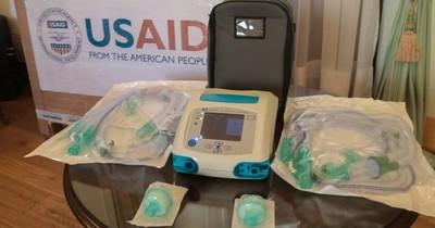 Respiradores donados por EEUU no son para uso intensivo, según terapistas