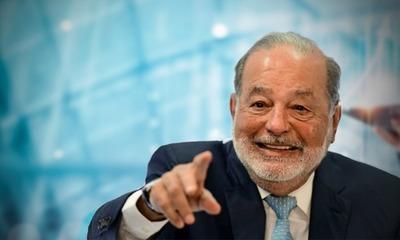 Carlos Slim va en conjunto con TIM y Vivo por los clientes celulares de Oi de Brasil