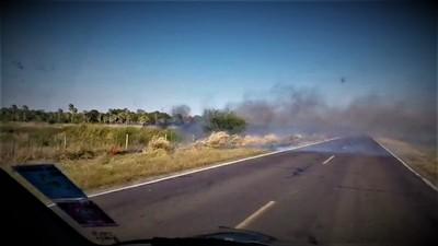 Historia repetida: pastizales quemados ponen en apuros fibra óptica de la Transchaco