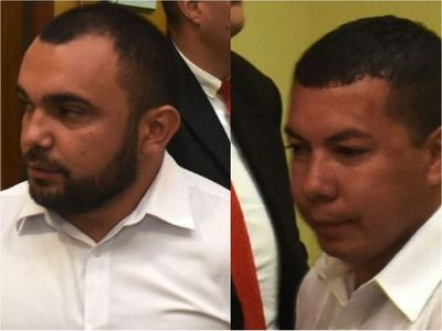 Caseros de oro siguen cobrando en Diputados como asistentes de Rivas