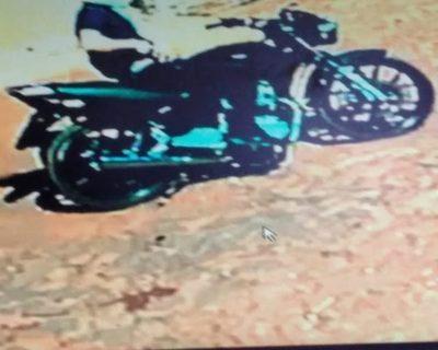 Solitario motochorro asaltó a una familia, llevó cuatro celulares