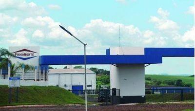 """Transportistas de Amambay exigen al Gobierno la """"urgente habilitación"""" de FrigoNorte"""
