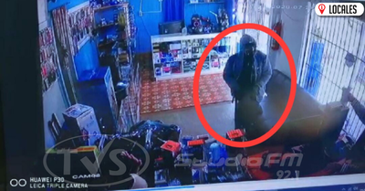 Un sujeto simuló ser un cliente para cometer un robo