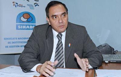Directores emplazan a Petta y piden suspender clases virtuales durante un mes