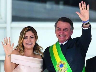 La esposa de Jair Bolsonaro da positivo al Covid-19