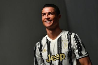 Juventus presenta su nueva camiseta