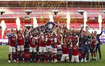 Doblete de Aubameyang y FA Cup para el Arsenal