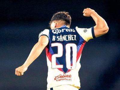 Paraguayos se lucen en el fútbol norteamericano