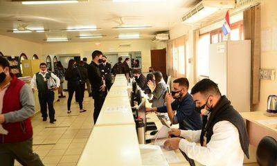 Municipalidad de CDE abre al público para trámites y pago de impuestos
